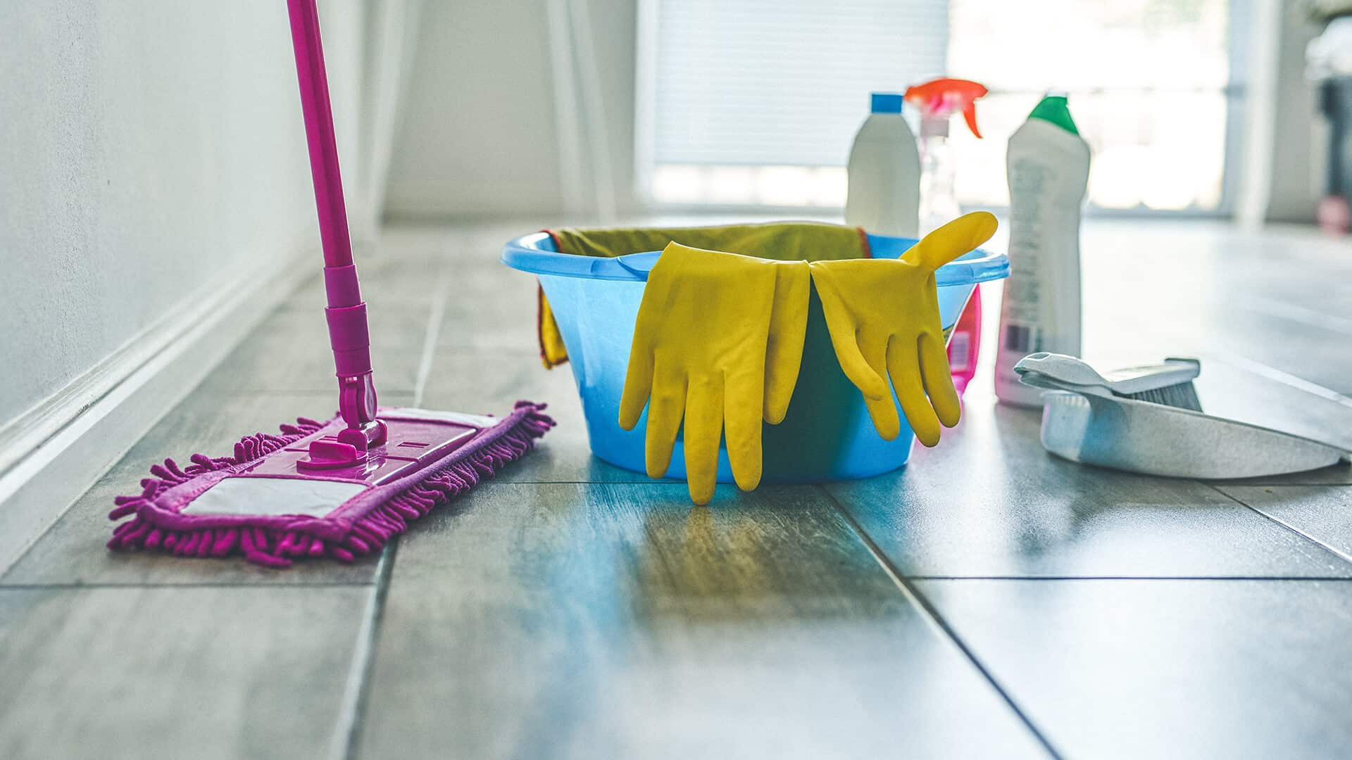 Full-House-Clean